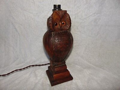 GREAT VINTAGE BLACK FOREST CARVED WOODEN TREEN OWL TABLE LAMP with GLASS EYES