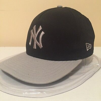 MLB New York Yankees LOGO + Patch 9FIFTY Snapback Cap by New Era