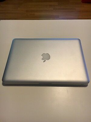 Apple MacBook Pro 13 Mid 2010 - 8 GB RAM, 256 GB SSD