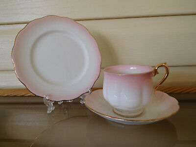 """Royal Albert """"Rainbow"""" Pink Trio Made In England 1950s"""