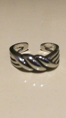 Silver Plated Toe Ring - (1.75Cm Diameter)