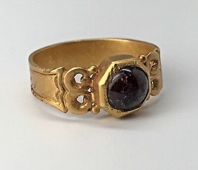 Roman GOLD RING 3rd - 4th Century CABOCHON Red Glass ORNATE Filigree ANCIENT