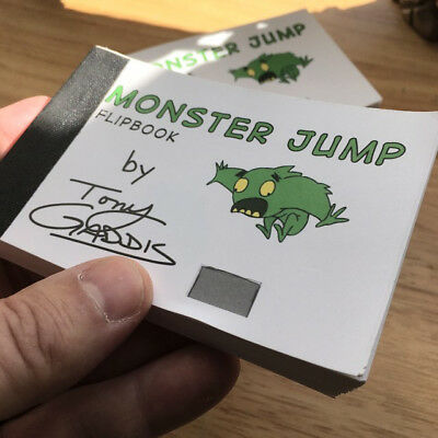 FLIPBOOK of a MONSTER RUNNING and JUMPING OVER a BOX - ANIMATION - CARTOONY