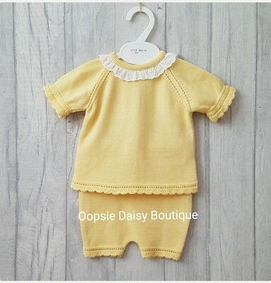 46d77a3290eab Baby Girls Gorgeous Lemon Spanish Knitted Frill Collar 2 Piece Suits-  upto36mths