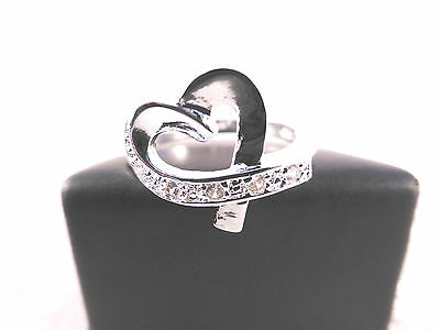 Ladies Silver Plated & Crystal Ribbon Heart Ring Size 8 / P with Free Gift Bag