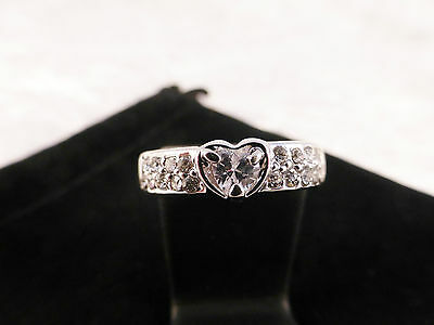 Perfect Sparkling 18k White Gold Plated & Austrian Crystal Heart Ring Size P / 8