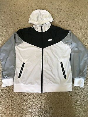 MENS NIKE WINDRUNNER Windbreaker Size M White Black Grey -  60.00 ... 8e358e725