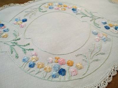Beautiful Floral Beds & Swirls   ~ Vintage Hand Embroidered Centrepiece