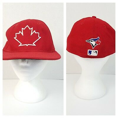 Toronto Blue Jays New Era 59FIFTY Mesh Ball Cap 7 3/8 Red Canada Maple Leaf Flag