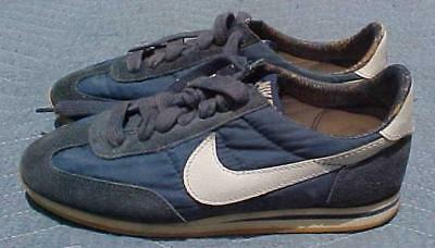 Vintage Nike Sneakers Blue Denim Color Running Shoes SZ 8