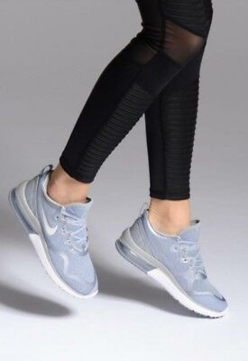 NIKE WOMENS AIR Max Fury Athletic Snickers Running Training