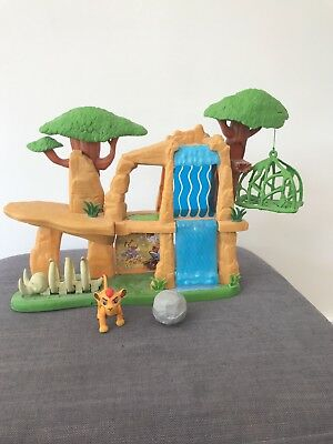 Just Play Disney  The Lion Guard Defend the Pride Lands  Playset & Figure - Fab