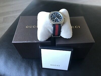 049d8e3974f Gucci GG2570 Watch YA142304 nato nylon strap dial warranty gent new blue red