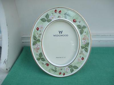 Wedgwood WILD STRAWBERRY Photo Frame - excelllent