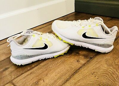 974709135ba8 NIKE TW 14  Tiger Woods Mesh Golf Shoes - White Wolf Grey Volt ...