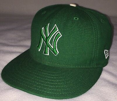 55bbc5f4510 New York Yankees New Era 59Fifty Kelly Green Fitted Baseball Hat Cap 7 1 8