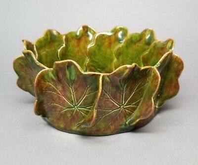"""Vintage Pat Young Hand Crafted Green Ceramic Geranium Leaf Pottery Bowl 7.5"""""""
