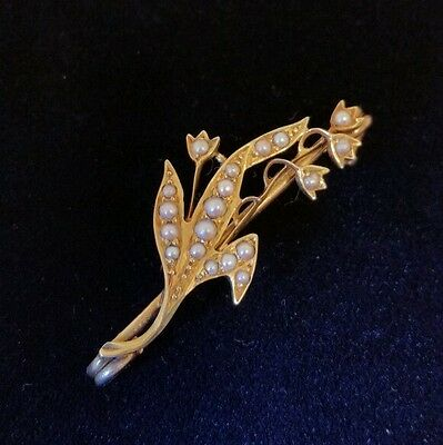 Antique 15ct Gold Bar brooch.Of floral design, set with seed pearls . Circa 1890