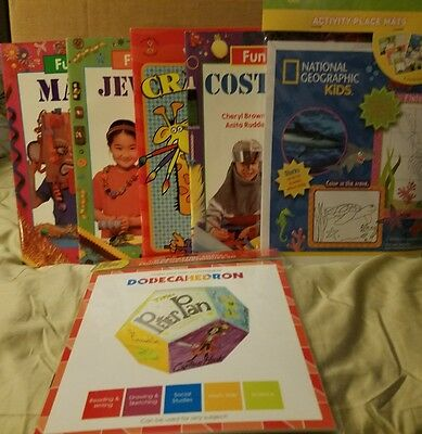 Kids Craft Projects 4 Books 12 Placemats 1 Kit All NEW see pics for details