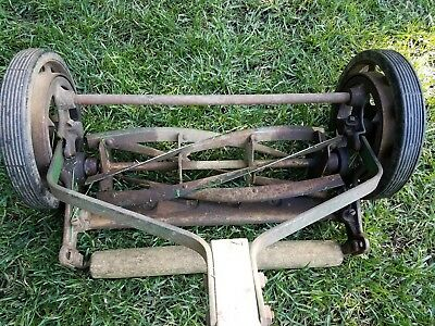 VINTAGE ANTIQUE Lawn Mower Rotary Reel Push Lawn Grass Mower Neptune 400