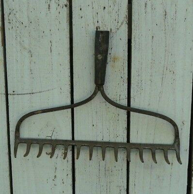 Vintage rustic rusty iron rake head original garden tool primitive country # 2