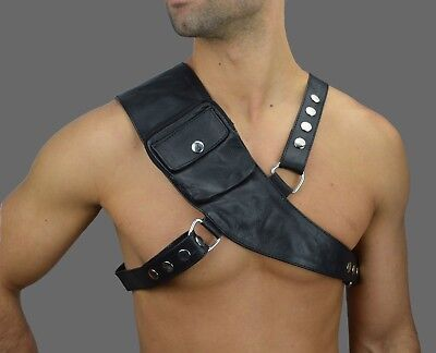 AW-672 Leder Harness Verstellbar M-XL,Chest LEATHER HARNESS/HARNAIS CUIR