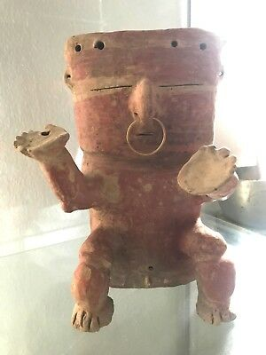 Stunning Pre-Columbian art Quimbaya Civilization - Colombia with gold nose ring