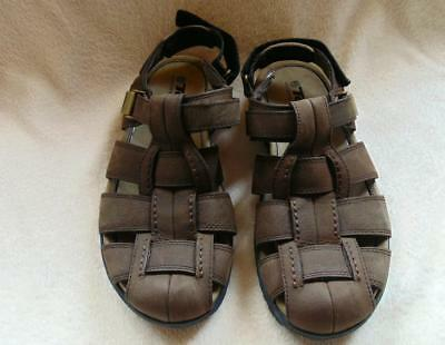 e2f542a5f307 TEVA Hamner Brown Leather Closed-Toe Fisherman s Sandals Shoes Mens sz 10  NICE