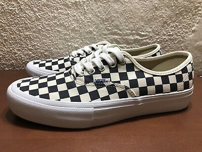 2105717f111 Vans Authentic Pro Checkerboard Navy Mens US size 9 Ultracush NEW  VN0A347930U