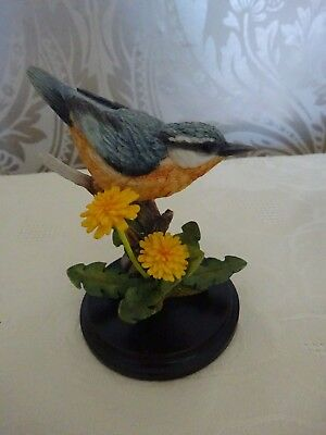 Country Artists Bird Figure Nuthatch With Dandelion 03095