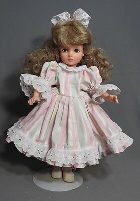 Robin Woods Madame Alexander Ultimate Alice Darling Let's Play Dolls Outfit Doll