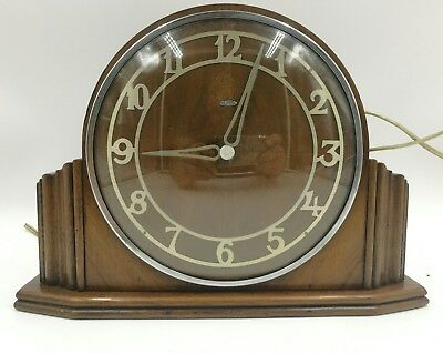 Vintage oak mantle clock art deco Metamec electric