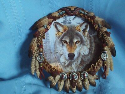 Hamilton Collection by Al Agnew Protector Wolf Shield Plate  Autumn Majesty