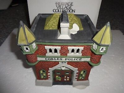 Department 56 DickensVillage Cobles Police Station Handpainted Porcelain 5583-2
