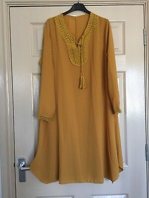 Ladies Yellow Mustard Crochet Neck Detail Long Dress Size 12/14 BNWT