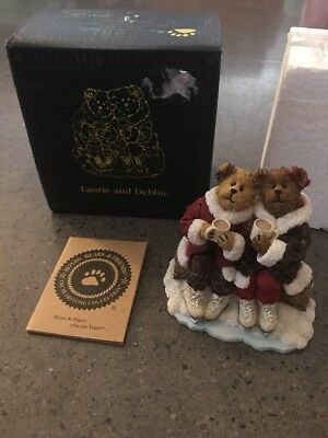 """Rare Boyds Bears """"Laurie And Debbie... Sharing Cocoa""""  1E/3040"""