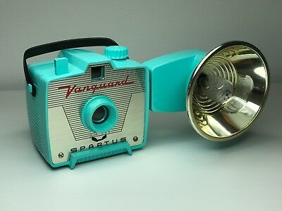 Vintage Aqua Blue Spartus Vanguard Flash Camera - Rarest Vanguard Color!