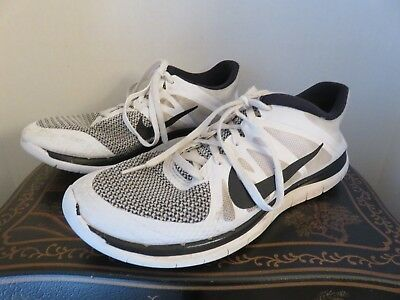 free shipping 52d19 42a29 MENS NIKE FREE 4.0 V4 Size 9 Running Training Shoes Sneakers 642197-100