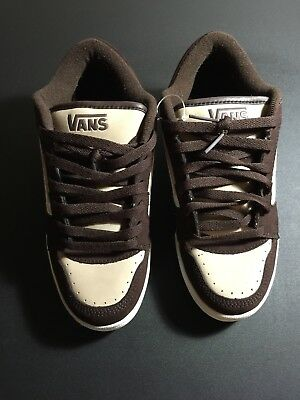 411bcaa553 Vans Off The Wall Brown White Suede Skateboarding Men s Shoes Size 8  Sanford Low