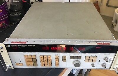 Hewlett Packard 3335A Synthesizer / Level Generator (3)