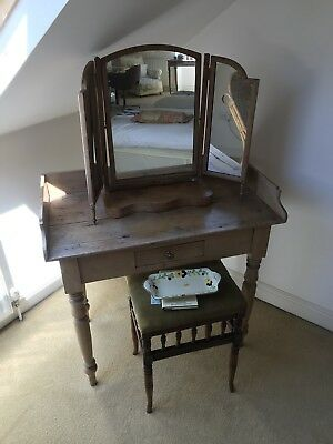 Pine Wash Stand And Mirror
