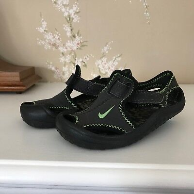 ce94bd824d5ac7 TODDLER BOY S NIKE Sunray Protect Sandals- Size 7C- Gray Black Green ...