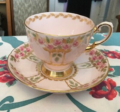 Tuscan 9890H Cup & Saucer * Pink * Pink Roses Gold Stems & Laurel 9870H