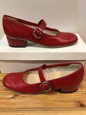 Majestic Size 8 W Womens Square Dance Shoes, Red