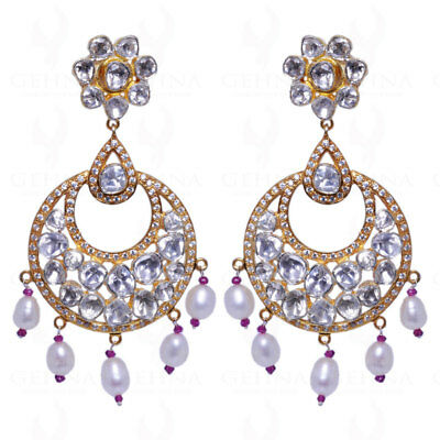Pearl & White Sapphire Studded Earrings With Pearls Se041126