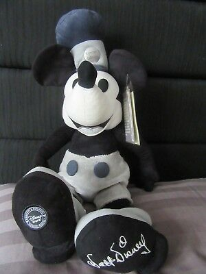 Rare Disney 2006 Limited Edition no 343 of 1000 Steamboat Willie Mickey Mouse