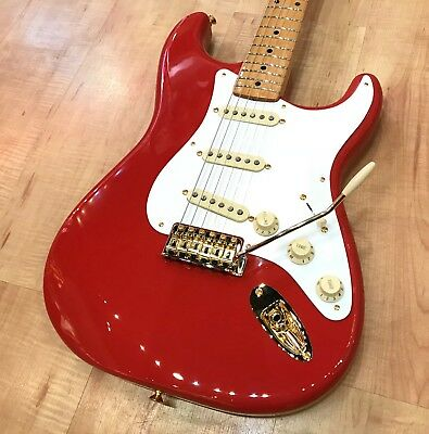Fender Special Edition '50s Stratocaster Electric Guitar Red With Gold Hardware