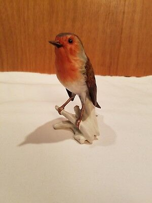 Vintage GOEBEL RED ROBIN BIRD FIGURINE ORIGINAL STICKER West Germany #CV100