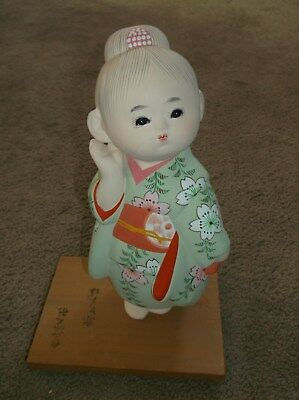 Gently Enjoyed-Genuine Hakata Doll-Pretty Oriental Figurine/stand-Free Shipping