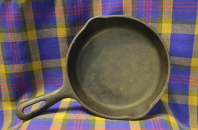 "Antique 6 1/2"" Cast Iron Skillet (Marked on Bottom)-Seasoned & has ""R"" on Bottom"